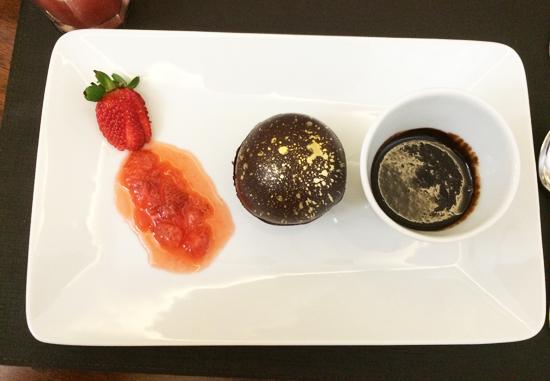 Lecole-de-Paris-bola-de-chocolate-Blog-Boas-Dicas
