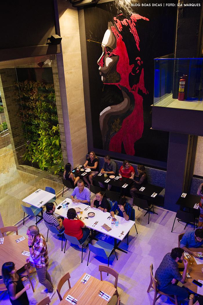 Gastronomia, arquitetura e arte se mesclam no Rosa Celeste Restaurante