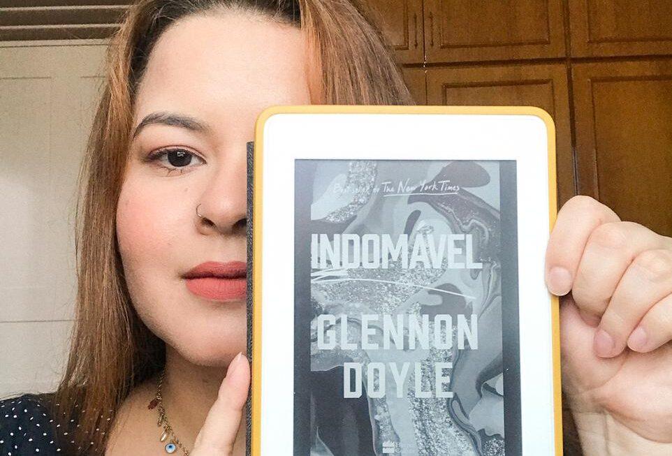 Glennon Doyle encoraja  mulheres a não silenciarem em Indomável